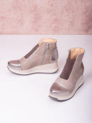 Botinetas con cierre y elástico. Piscis Shoes.