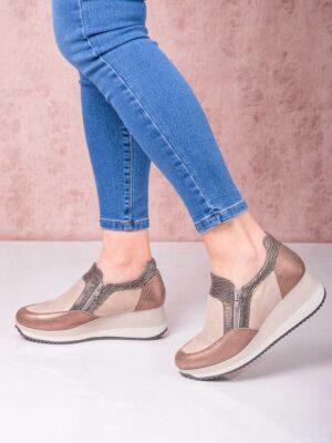 Pancha urbana con cierres. Piscis Shoes.