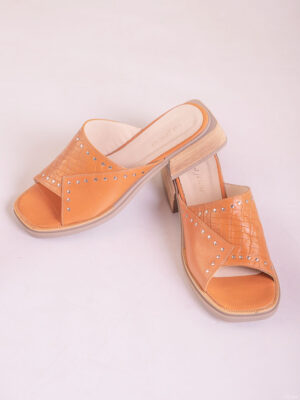 Zapatos de mujer de cuero. Zuecos bajos. La Femme