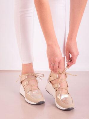 Zapatos de mujer de cuero. Panchas urbanas. Piscis Shoes.