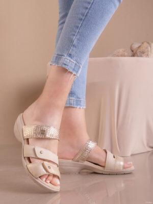 Zapatos de mujer de cuero. Zuecos. Keady